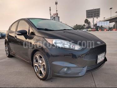Foto Ford Fiesta ST 1.6L usado (2017) color Negro Profundo precio $282,000