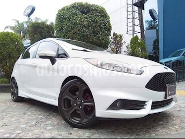 Ford Fiesta ST 1.6L usado (2014) color Blanco precio $210,000