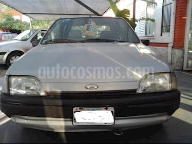 Ford Fiesta  - usado (1996) color Gris Plata  precio $100.000