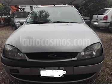 Foto venta Auto usado Ford Fiesta  - (2001) color Gris precio $100.000