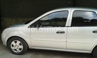 Foto venta carro usado Ford Fiesta 1.6L (2010) color Plata Metalico precio BoF27.000