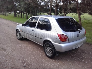 Foto venta Auto usado Ford Fiesta  3P LX 1.4  (1999) color Gris Plata  precio $80.000