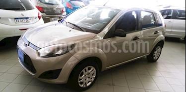 Foto venta Auto usado Ford Fiesta  5P Ambiente (LN) (2013) color Gris Claro precio $135.000