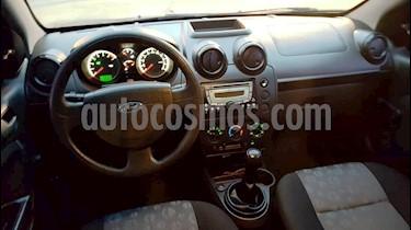 Ford Fiesta  5P Ambiente Plus usado (2012) color Blanco Oxford precio $400.000