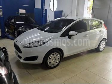 Foto venta Auto Usado Ford Fiesta  5P Ambiente (2014) color Blanco Oxford