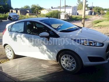 Foto venta Auto usado Ford Fiesta  5P Ambiente (2016) color Blanco precio $320.000