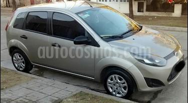 Foto venta Auto usado Ford Fiesta  5P Ambiente (2010) color Perla Ocre precio $179.000