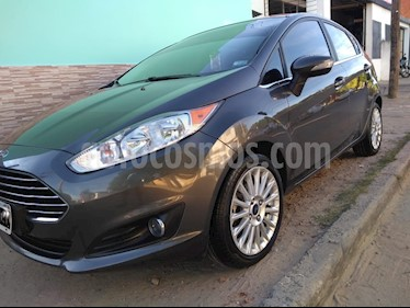 Foto venta Auto usado Ford Fiesta  5P Titanium Kinetic Design (2015) color Grafito