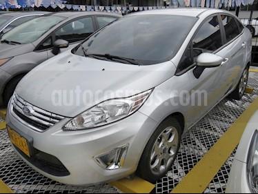 Foto venta Carro usado Ford Fiesta 5P (2013) color Plata precio $31.900.000