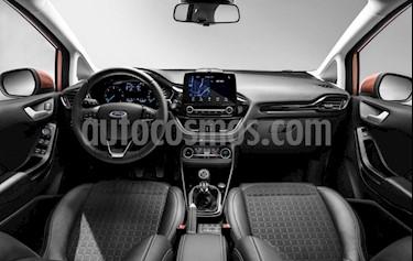 Ford Fiesta  - usado (2015) color Celeste precio $380.000