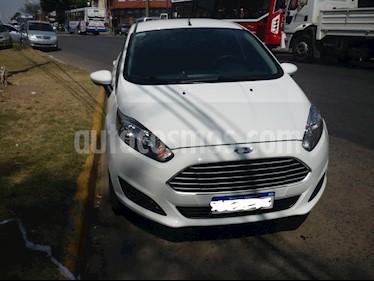 Ford Fiesta  - usado (2017) color Blanco precio $680.000