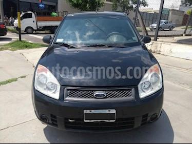 Ford Fiesta  5P Ambiente usado (2008) color Negro precio $210.000