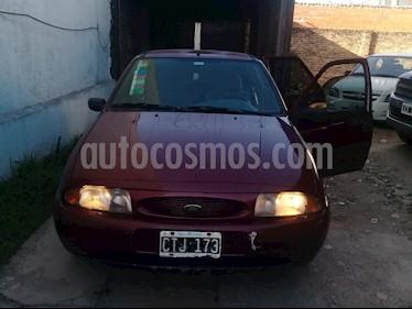 Ford Fiesta  5P CLX 1.3 Full usado (1999) color Bordo precio $100.000