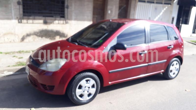 Ford Fiesta  5P Ambiente usado (2004) color Rojo precio $380.000