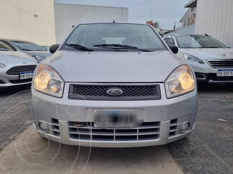 Foto Ford Fiesta  5P Ambiente usado (2007) color Gris Plata  precio $619.900