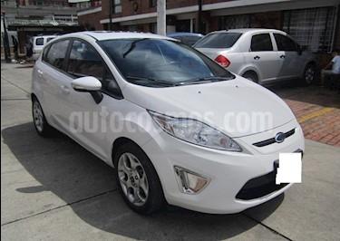 Ford Fiesta 5P usado (2011) color Blanco precio $20.000.000