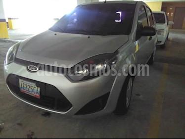 Foto venta carro usado Ford Fiesta Move (2011) color Plata precio u$s3.200