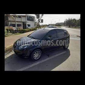 Ford Fiesta Move usado (2012) color Negro precio u$s3.800