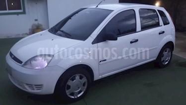 Foto Ford Fiesta Power usado (2007) color Blanco precio u$s2.300
