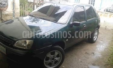 Ford Fiesta 1.6L usado (2002) color Verde precio BoF1.900