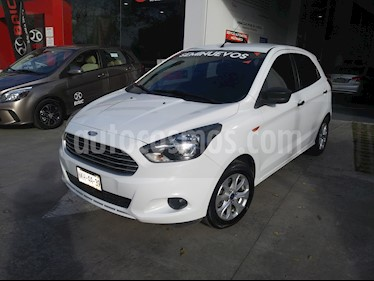 Foto Ford Figo Hatchback Energy usado (2017) color Blanco Oxford precio $137,000