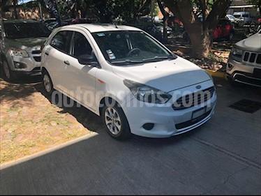 Foto Ford Figo Hatchback IMPULSE TA A/A 5 PUERTAS usado (2016) color Blanco precio $170,000