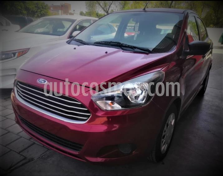 Ford Figo Hatchback Impulse A/A usado (2017) color Rojo precio $129,999