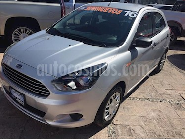Ford Figo Hatchback Impulse A/A usado (2016) color Plata precio $130,000