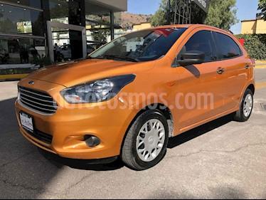 Foto Ford Figo Hatchback Impulse Aut A/A usado (2016) color Dorado precio $135,000