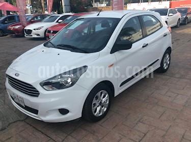 Foto venta Auto Seminuevo Ford Figo Sedan Energy Aut (2017) color Blanco precio $179,000