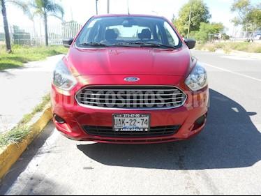 Foto venta Auto Seminuevo Ford Figo Sedan Impulse A/A (2016) color Rojo precio $135,000