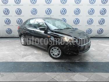 Foto venta Auto Seminuevo Ford Figo Sedan Impulse A/A (2018) color Negro precio $169,000