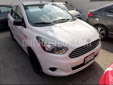 Foto venta Auto Seminuevo Ford Figo Sedan Impulse A/A (2016) color Blanco Oxford precio $125,000