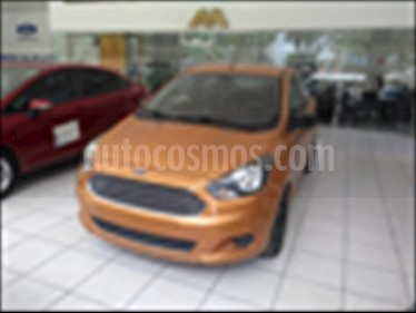 Foto Ford Figo Sedan Impulse Aut A/A usado (2016) color Oro precio $125,000