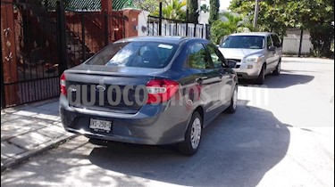 Ford Figo Sedan Impulse Aut A/A usado (2017) color Gris Hierro precio $145,000
