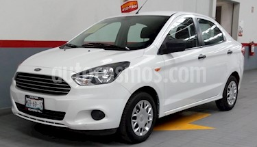 Foto venta Auto Seminuevo Ford Figo Sedan Impulse Aut A/A (2016) color Blanco precio $149,000