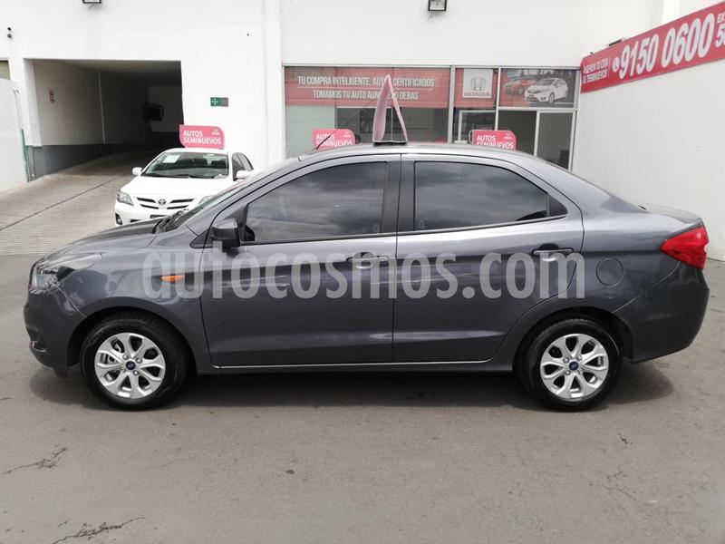 Ford Figo Sedan Titanium Aut usado (2018) color Plata precio $185,000