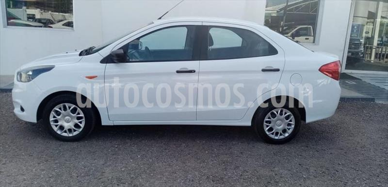 Ford Figo Sedan Impulse A/A usado (2018) color Blanco precio $150,000