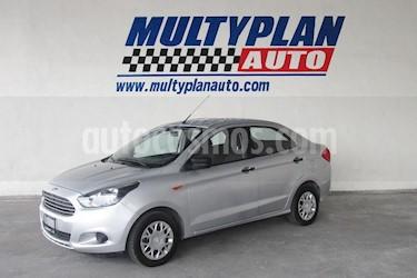 Ford Figo Sedan Impulse Aut A/A usado (2017) color Plata precio $144,900