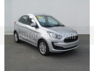 Foto Ford Figo Sedan Energy usado (2019) color Plata precio $204,000