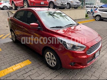 Ford Figo Sedan Titanium Aut usado (2018) color Rojo precio $198,000