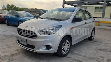 Ford Figo Sedan IMPULSE L4/1.5 MAN A/A usado (2016) color Plata precio $109,000