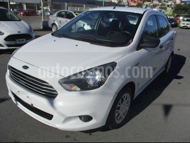 Foto Ford Figo Sedan Impulse A/A usado (2016) color Blanco precio $132,000