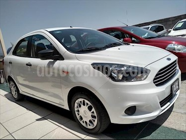 Ford Figo Sedan Impulse Aut A/A usado (2017) color Blanco precio $164,000