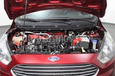 Ford Figo Sedan Impulse  usado (2018) color Rojo Rubi precio $145,000