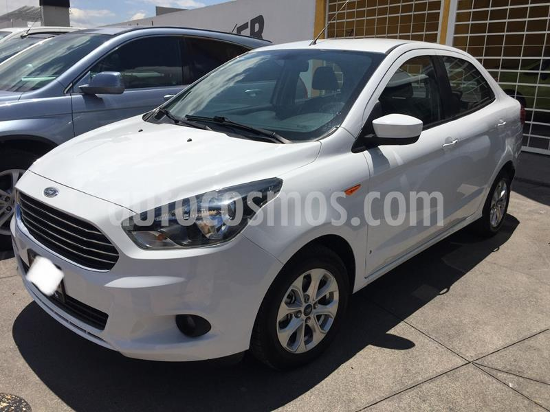 Ford Figo Sedan Impulse Aut A/A usado (2017) color Blanco precio $200,400