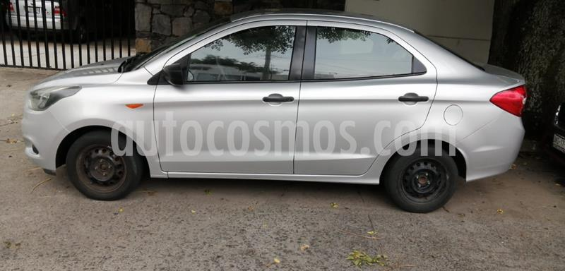 Ford Figo Sedan Impulse Aut A/A usado (2017) color Plata Estelar precio $125,000