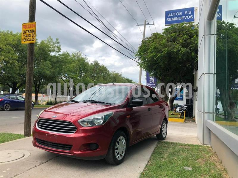 Ford Figo Sedan IMPULSE L4/1.5 MAN usado (2016) color Rojo precio $129,000