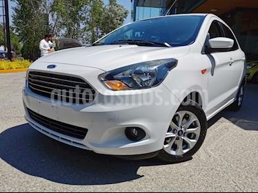 Ford Figo Sedan Titanium usado (2017) color Blanco Oxford precio $175,000