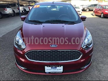 Ford Figo Sedan Impulse Aut A/A usado (2019) color Rojo precio $200,000